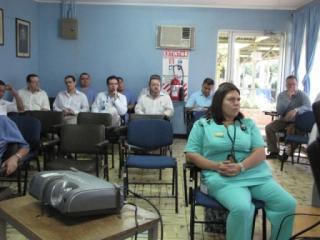 Los médicos se mantienen preocupados por el ambiente laboral que prevalece en el hospital San Francisco de Asís